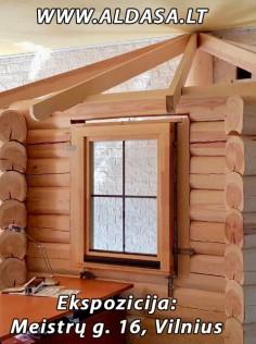 Mediniai langai. Ekspozicija Meistrų g. 16, Vilnius